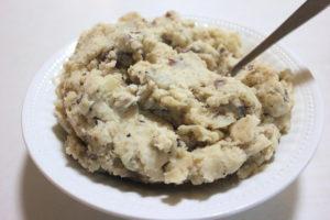Slow Cooker Garlic Mashed Potatoes